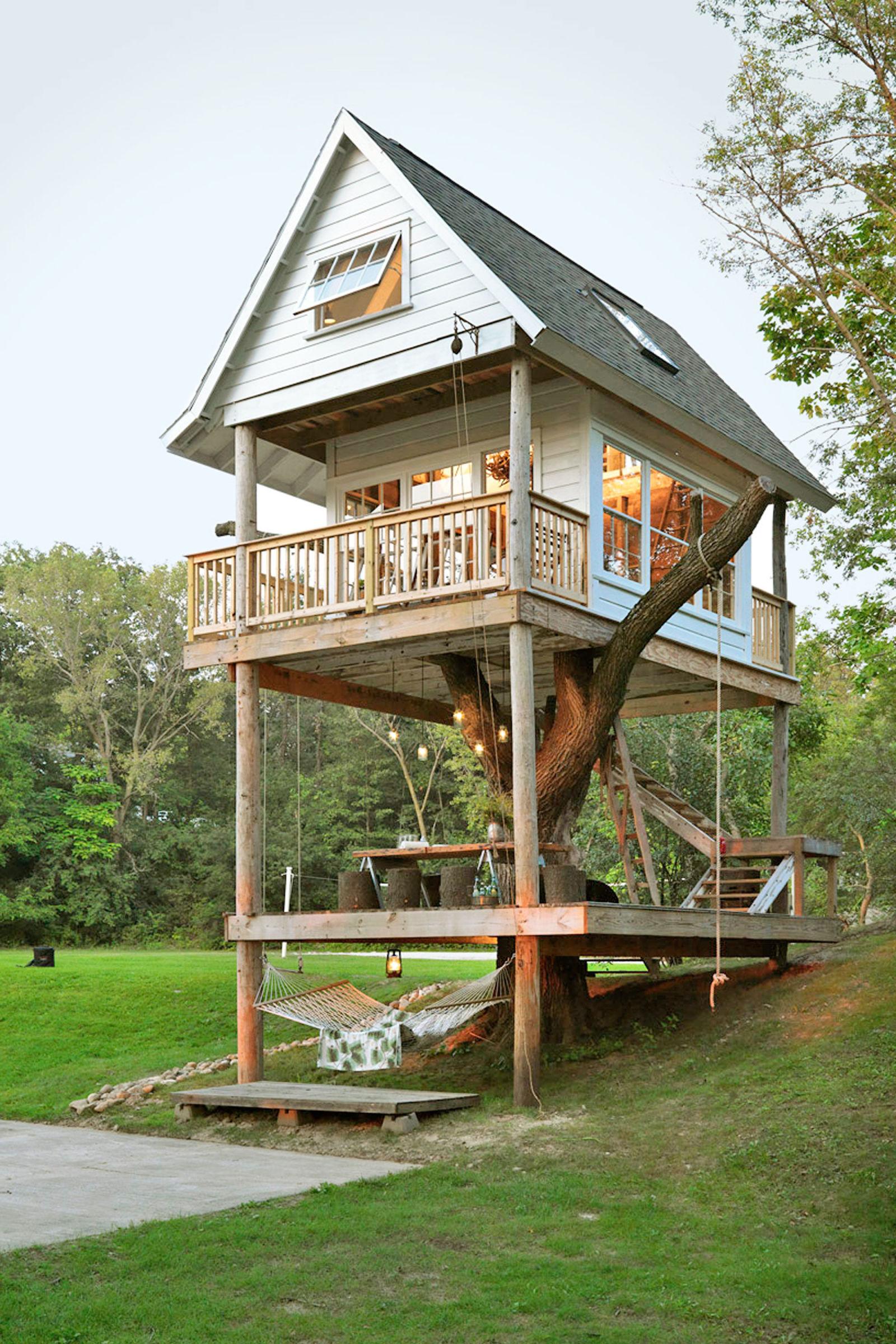10 Treehouse Tiny Home