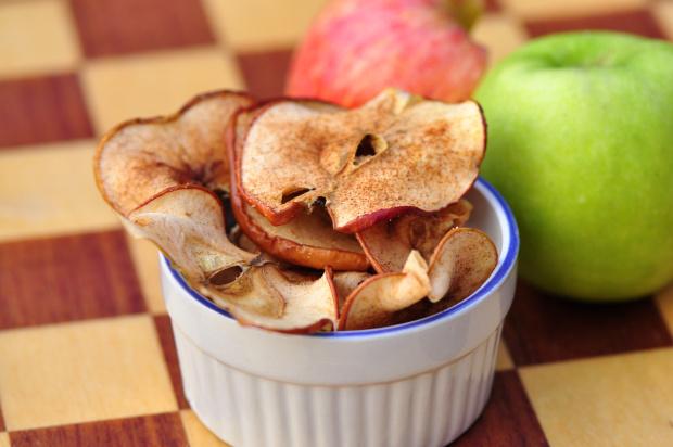 Baked Apple cinnamon chips