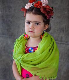 Frida Khalo DIY Halloween Costume