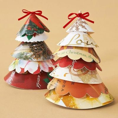Great Recycled Gift Wrap Christmas Tree