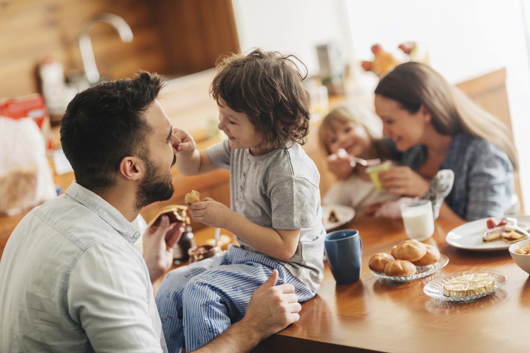 Картинки кухня семьями башен имеет
