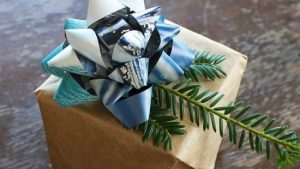 Upcycle christmas gifts