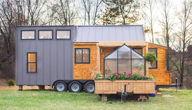 this tiny house comes with it 39 s own greenhouse. Black Bedroom Furniture Sets. Home Design Ideas