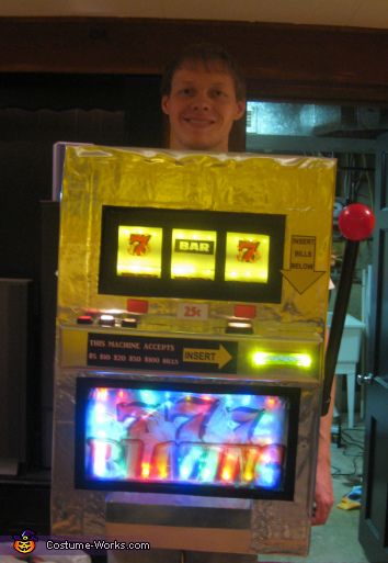 slot machine - Halloween Box Costumes