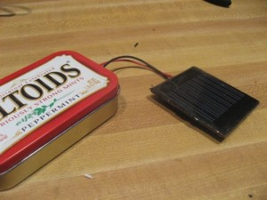 DIY solar cell phone charger
