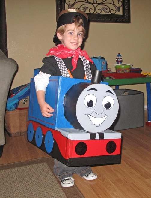 use an old cardboard box to make this cute thomas the train engine costume for halloween - Halloween Box Costumes