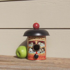 Upcycled Tin Can Bird House