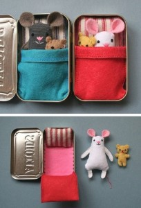 Upcycled altoids can