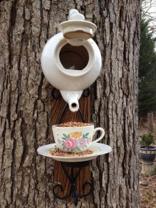 Upcycled tea pot bird house