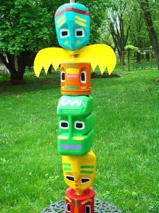 Upcycled totem pole