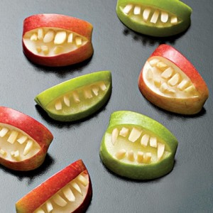 healthy-halloween-party-snacks-for-kids-pediatric-dentistry-of-1