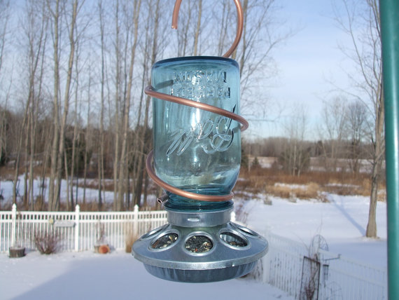 Green home: Mason Jar Birdfeeder