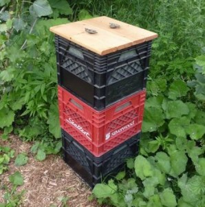 vertically-stacked-milkcrate-composter